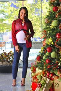 christmas pregnancy.jpg