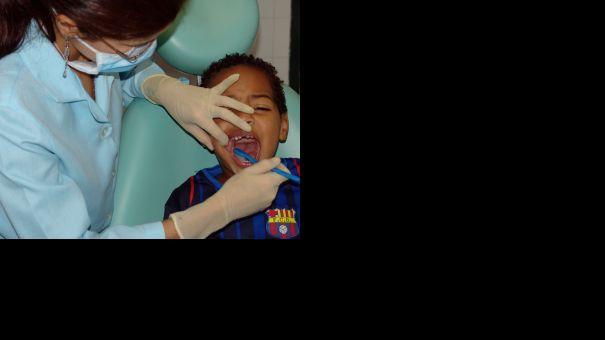 480106_dentist.jpg