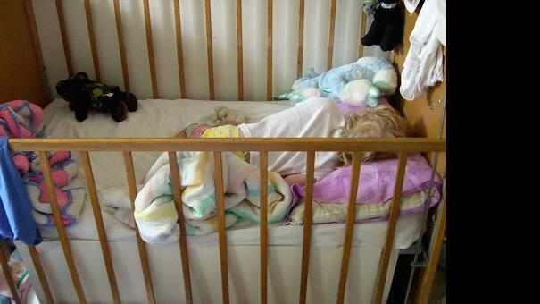 crib safety.jpg