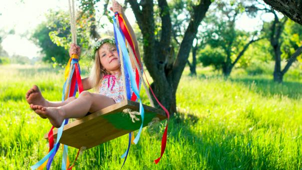 Get Out And Play 23 Games Activities To Enjoy Outside With Your Kids This Spring