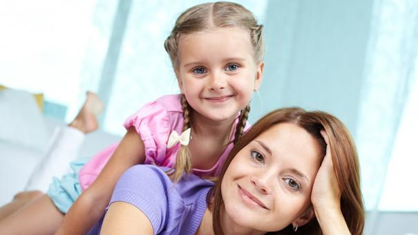 kid-mom-5128030-small.jpg
