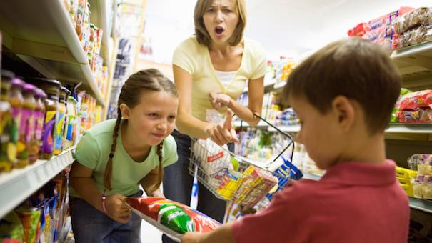 7 Sanity Saving Tips For Grocery Shopping With Your Kids