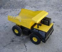 394862_tonka_truck.jpg